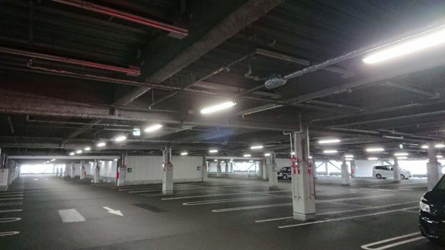 コストコ神戸倉庫店混雑駐車場