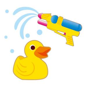 幼稚園夏休み過ごし方お風呂で水遊び